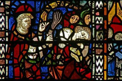 Window W38 Depicting the Administration of Penance