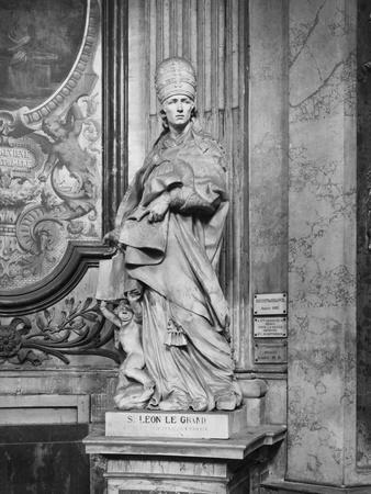 Statue of Pope Leon Le Grand