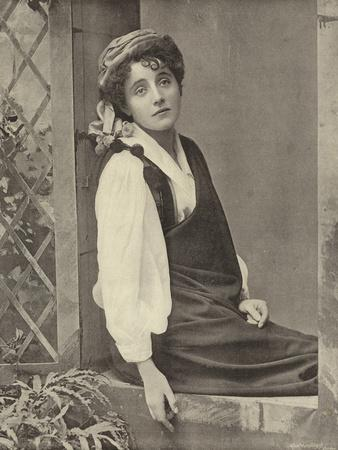 "Miss Moore, as Pepita, Disguised as Christopher in ""Little Christopher Columbus"""