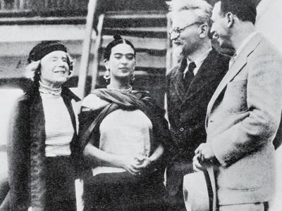 Trotsky Finds a Refuge in Mexico: the Bolshevik Leader with Mme Trotsky
