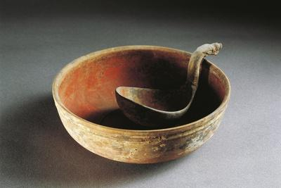 Bowl and Spoon, Han Dynasty, Red Painted Terracotta