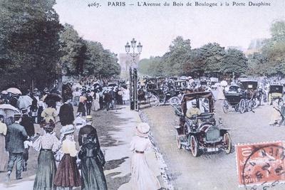 Avenue Du Bois De Boulogne, Paris, France 20th Century Postcard