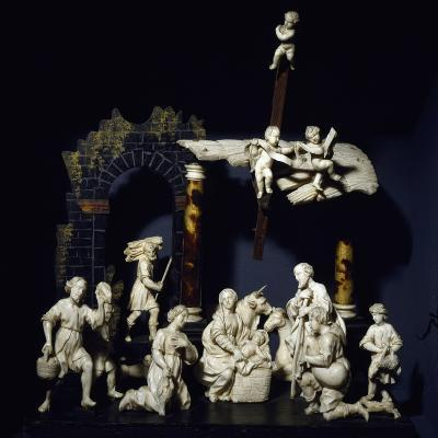 Nativity and Adoration of Shepherds, Tyrolean Nativity Scene with Figurines in Ivory and Tortoise