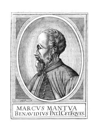 Marco Benavides