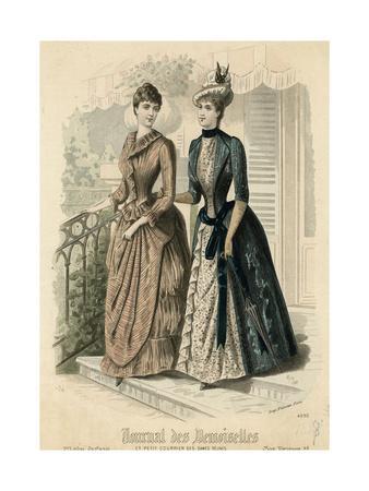 Open Robe 1888