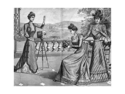 Elegant Women Photoing