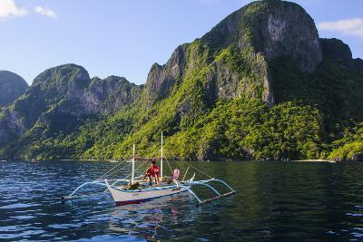 Outrigger Boat in the Bacuit Archipelago, Palawan, Philippines, Southeast Asia, Asia