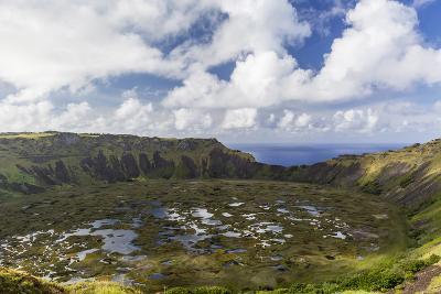 Orongo Crater, Rano Kau, Rapa Nui National Park