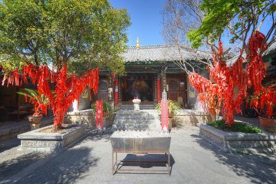 Trees with Red Ribbons at Pu Xian Temple in Lijiang Old Town, Lijiang, Yunnan, China, Asia