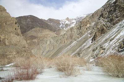 Frozen River in Rumbak Valley, Hemis National Park, Ladakh, India, Asia