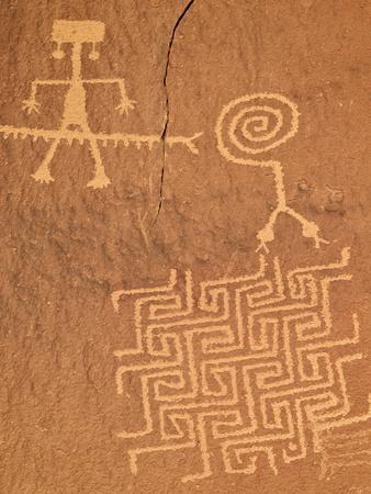 Petroglyphs, Coyote Buttes Wilderness, Vermilion Cliffs National Monument, Arizona, Usa
