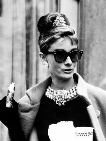 Breakfast at Tiffany's, Audrey Hepburn Eating Between Scenes on Set, 1961