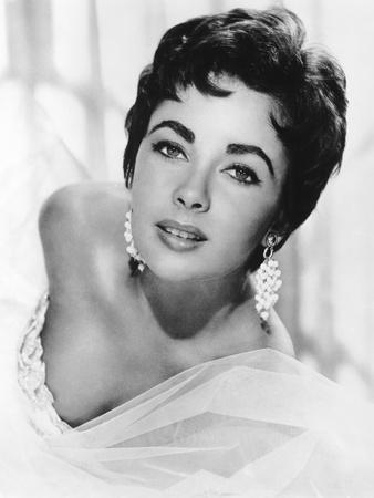 Elizabeth Taylor, 1954
