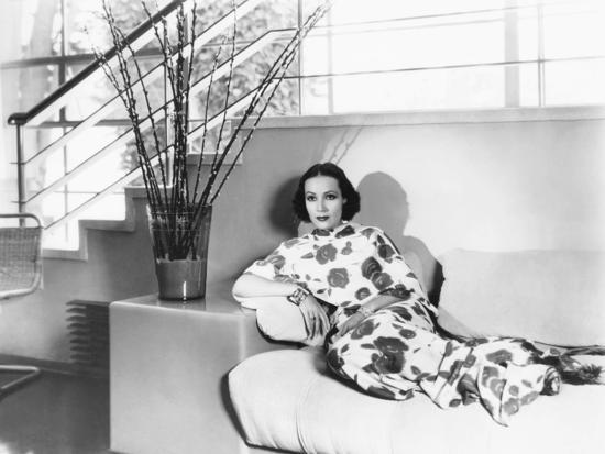 dolores del rio at home designed by her husband cedric. Black Bedroom Furniture Sets. Home Design Ideas