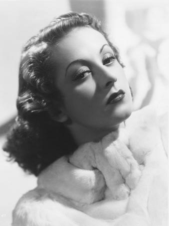 Danielle Darrieux, Circa 1938