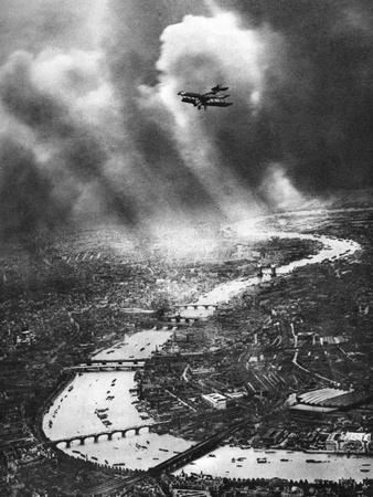 View of London, 1926-1927