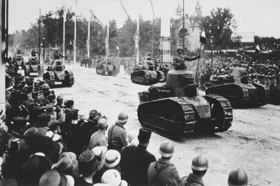 Tanks in the Great Victory Parade, Paris, France, 14 July 1919