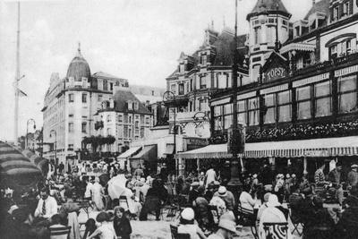 The 'Topsy' Bar, Trouville, France, C1920s