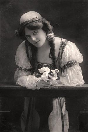 Maie Ash, Actress, 1900s