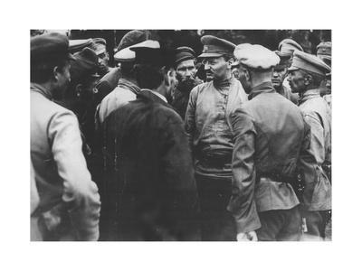 Trotsky Talking with a Group of Red Army Soldiers, 1918-1919