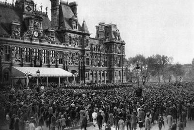 Crowd in Front of the Town Hall on a Reception Day, Paris, 1931
