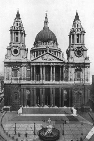 St Paul's Cathedral, London, 1926