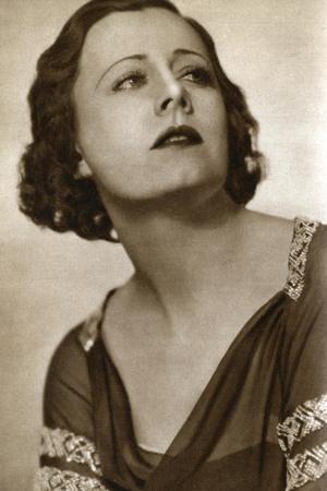 Irene Dunne, American Actress, 1933
