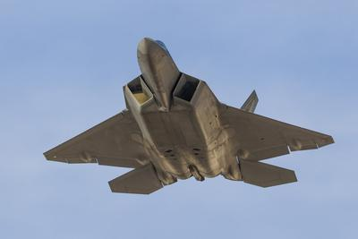 A U.S. Air Force F-22 Raptor
