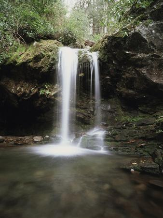 Tennessee, Great Smoky Mts National Park, Grotto Falls