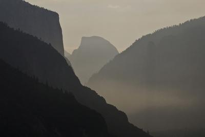 California, Yosemite National Park, Artists Point, El Capitan, Sentinel Dome