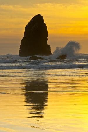 Sunset, Cannon Beach, Oregon, USA