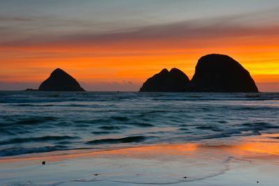 Sunset, Sea Stacks, Oceanside, Oregon, USA