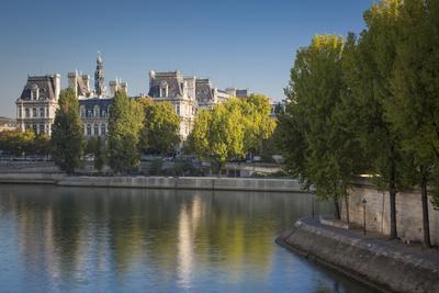 Early Morning View of River Seine and Hotel De Ville, Paris, France