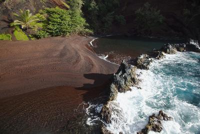 Hawaii, Maui, Kaihalulu Red Sand Beach in Hana