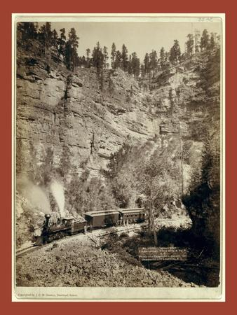 Giant Bluff. Elk Canyon on Black Hills and Ft. P. R.R