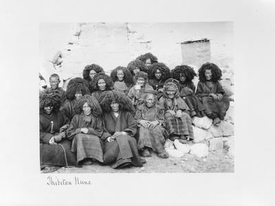 Group of Nuns at the Nunnery of Tatsang, 1903-04