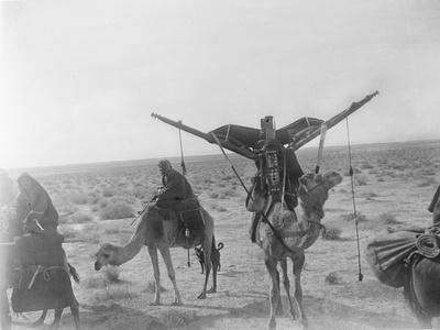 Ajman Bedouin on the Move (With Women's Litter, Hawdaj) Near Thaj, Saudi Arabia, 13th March 1911