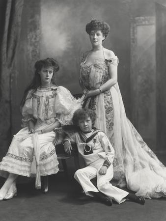 Viscountess Knollys and Her Children