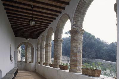 Cloister of Santa Croce or Santa Chiara Convent, 15th Century, Montefalco, Umbria, Italy