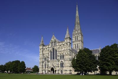 Salisbury Cathedral (Built 1220-1258), English Gothic Style, Salisbury, Wiltshire, United Kingdom