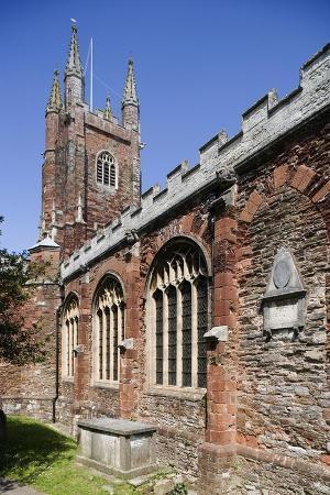 St Mary's Church (Mid 15th Century), Built in Red Devon Stone, Totnes, Devon, United Kingdom