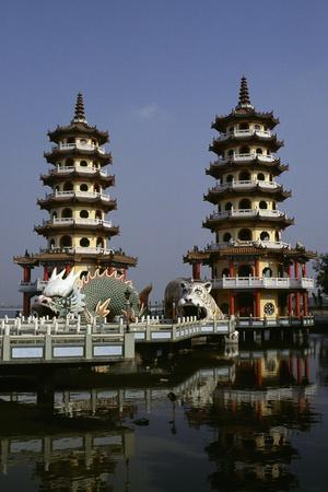 Pagoda with Tiger and Dragon, Chengcing Lake, Kaohsiung, Taiwan