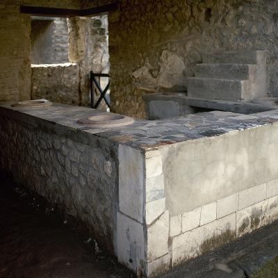 Italy, Pompeii, Italy, Thermopolium, (Sreet of Abundance)