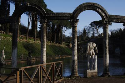 Hadrian's Villa, the Canopus, Statue, 2nd Century, Italy
