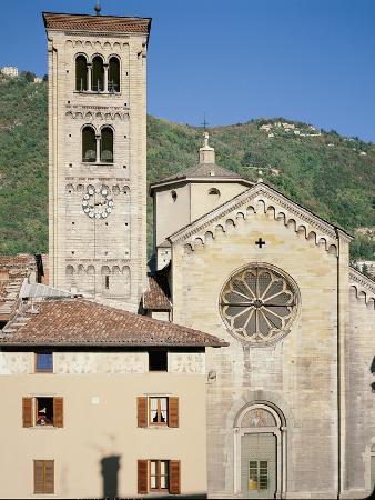 Facade of a Basilica, Basilica Did San Fedele, Como, Lombardy, Italy