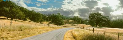 Santa Rosa Creek Road Passing Through Field, California State Route 46, California, Usa