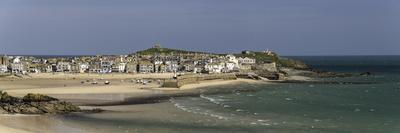 Panoramic Picture of the Popular Seaside Resort of St. Ives, Cornwall, England, United Kingdom