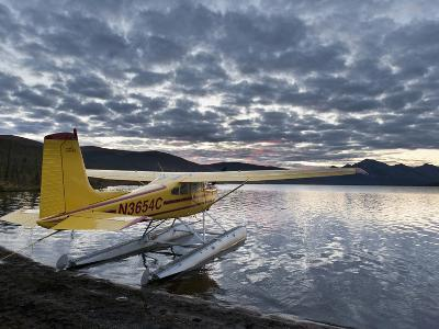 Floatplane, Takahula Lake, Alaska, USA