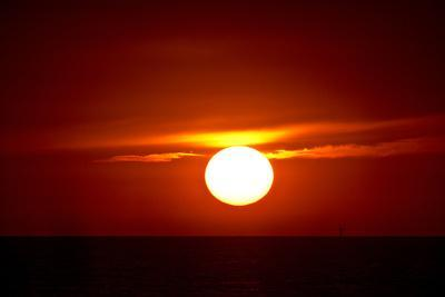 Florida, Siesta Key, Crescent Beach, Ball of Fire in a Red Sunset