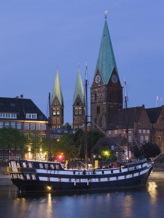 Weser River Waterfront, Bremen, State of Bremen, Germany
